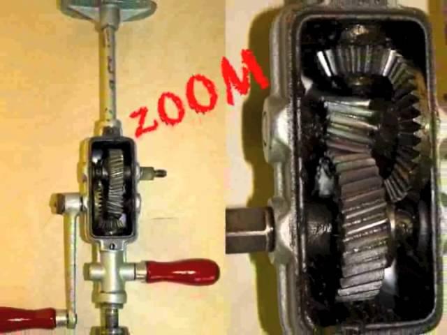 Verzahnung der manuellen Handbohrmaschine mit zwei Kurbelgriffen