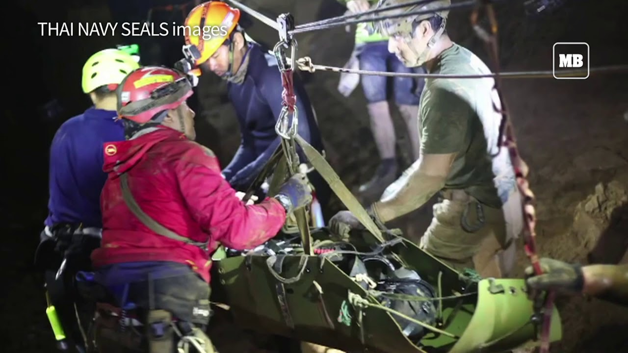 Thai cave survivors were brought out 'sleeping'  rescuer