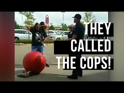 Police called on pregnant woman for using Coupons !!