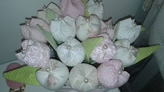 Tulipa em tecido ( Chaveiro )  Lembrancinha Maternidade