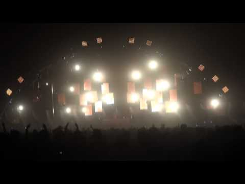 Dash Berlin INTRO Til The Sky Falls Down at EDC 2011 Las Vegas Motor Speedway 6/26/11