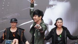 林俊傑 1 因你而在(1080p中字)@因你而在 夢時代專輯簽唱會[無限HD] 🏆 thumbnail