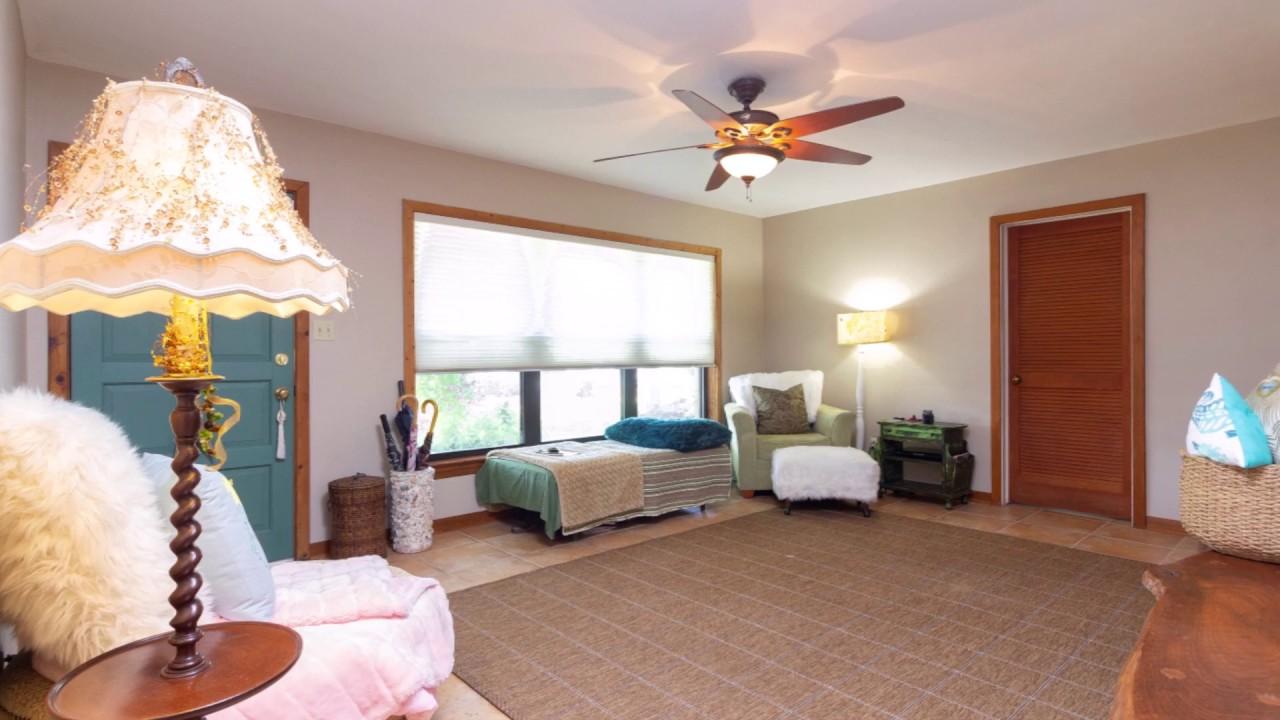 Bedroom Floors Ceramic Tile In A Bedroom Bedroom Floor Liam Payne