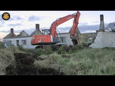 Demolition of an old house with Hitachi ZX130-3