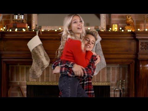 I've Got My Love To Keep Me Warm - Official Video (ft Gavin Magnus Coco Quinn) | Jam Jr. Christmas!