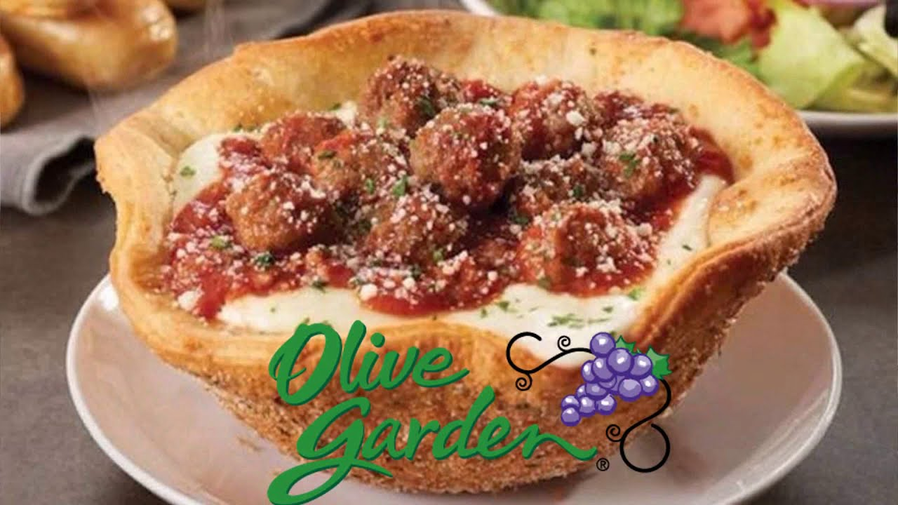 Olive Garden ☆MEATBALL PIZZA BOWL☆ Food Review!!! - YouTube