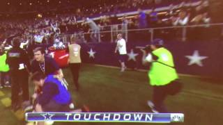 Ezekiel Elliott scores a TD and jumps in Salvation Army Kettle Pot Dallas Cowboys vs Buccaneers