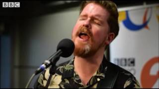 John Smith   Living in Disgrace [Live at The Folk Show with Mark Radcliffe]