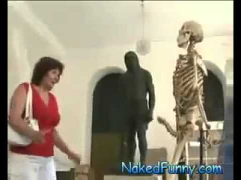 Bộ xương biết nứng