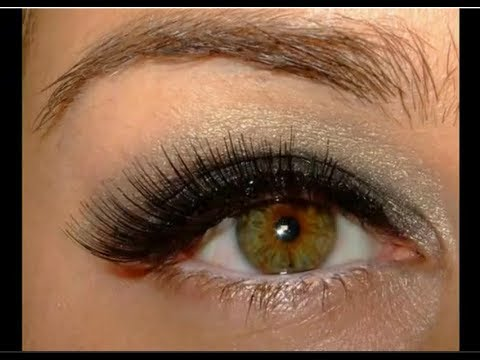 c356d2da6c6 Holiday make up look