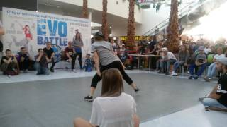 Хип-хоп батл школы танцев Evolvers.