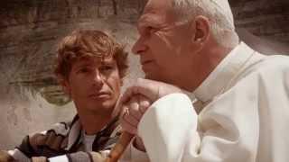 NON AVERE PAURA un'amicizia con Papa Wojtyla - clip