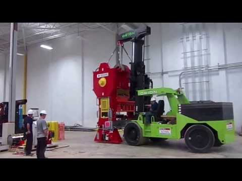 Moving a Press with our 120,000 Orion Forklift #rigging