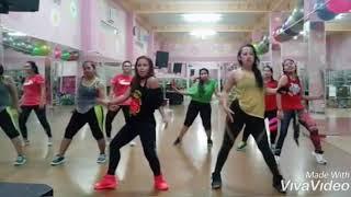 Sweet but psycho - ava max -zumba coreo by zin lely - zumba dance w' zin sary