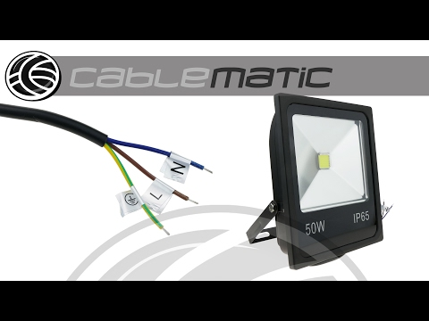 Foco LED IP65 50W 4500LM con fijación orientable distribuido por CABLEMATIC ®