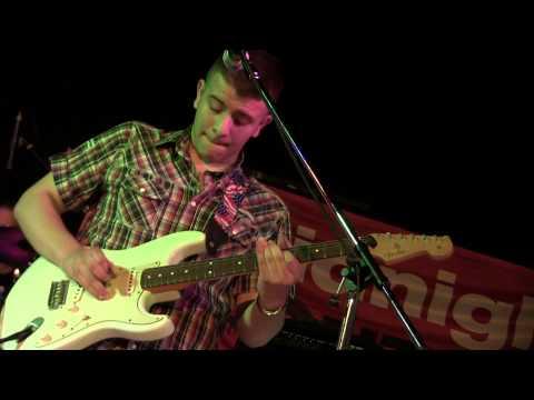 Danny Bronzini Trio sul palco del Midnight Contest con Heavy Love