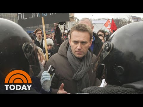 Thousands Of Russian Protesters Call For Release Of Alexei Navalny | TODAY