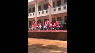Dance cover Xuân Ơi Ở Lại Chơi