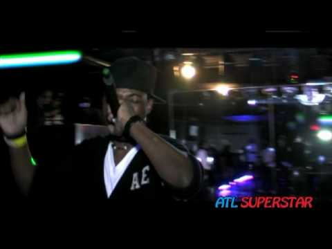 "Phenom McComb performing ""Overflo"" Live at Club Fusion for Atlsuperstar"