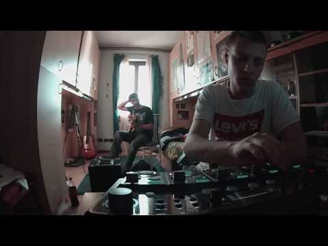 BLOOPERS - Seashore (Live Session)