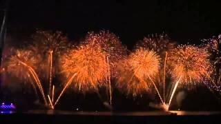 Фейерверк 2014 - Дубай(Видео немного длинновато, но я хотела максимально показать картину этого невероятного зрелища с основных..., 2014-01-13T18:54:47.000Z)