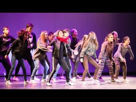 13 El Musical