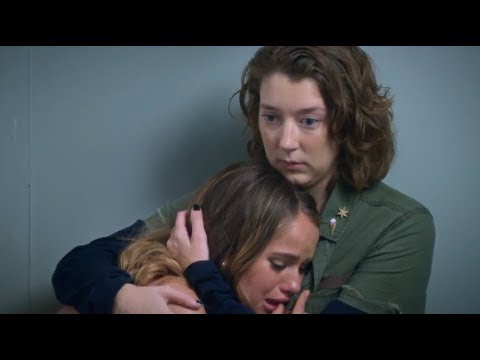 Insatiable 1x05 Patty Breaks Down In Dressing Room Hd