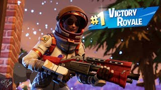 Getting A Victory Royale With The Moonwalker Skin (Fortnite Battle Royale)