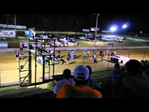 Friday Night Under the Lights @ Dixieland Speedway