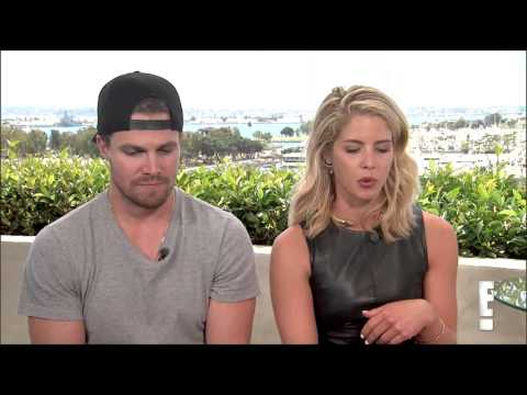 Stephen Amell and Emily Bett Rickards interview with E! at SDCC 2015