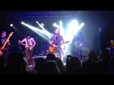 Dallas Smith (Default)- Wasting my Time [Live]