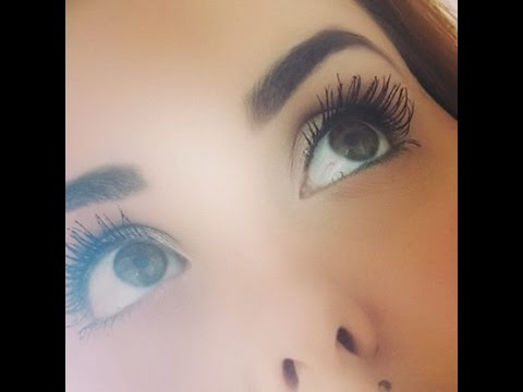 Need more pictures of overblown volume mascara like this for 2016