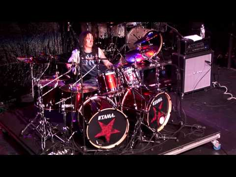 Jason Bittner's Solo Live At Guitar Center's 20th Annual Drum-Off (2008)