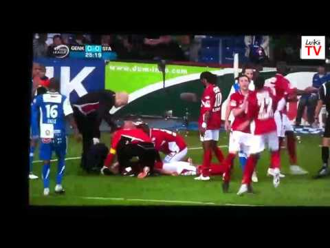 Patada a Mehdi Carcela en la Liga Belga - Patada casi Mortal - HD