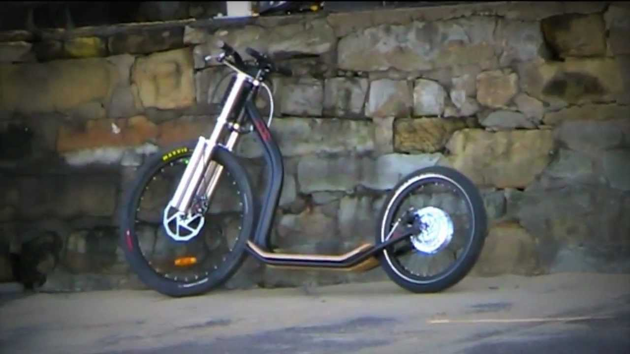 Electric Scooter With Wired Cycles Battery Fork Youtube