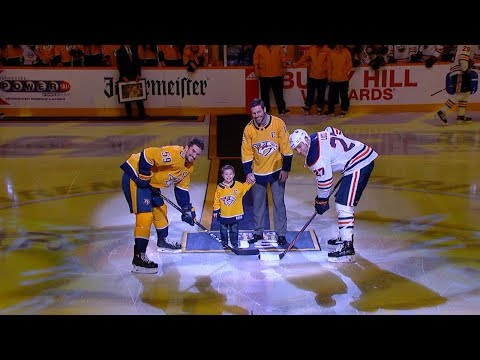 Cindy Spicer - Carrie Underwood's Son Drops the Puck with Dad at Ice Hockey Game