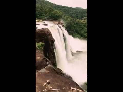 Waterfall in Kerala (Athirappilly)