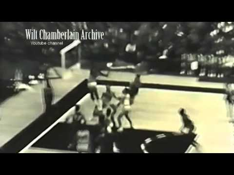 Wilt Chamberlain blocks shots nearly 13 feet up: IMPOSSIBLE 7-footer leaping ability
