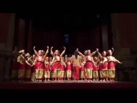 Bungong Jeumpa:  Lagu daerah Aceh.