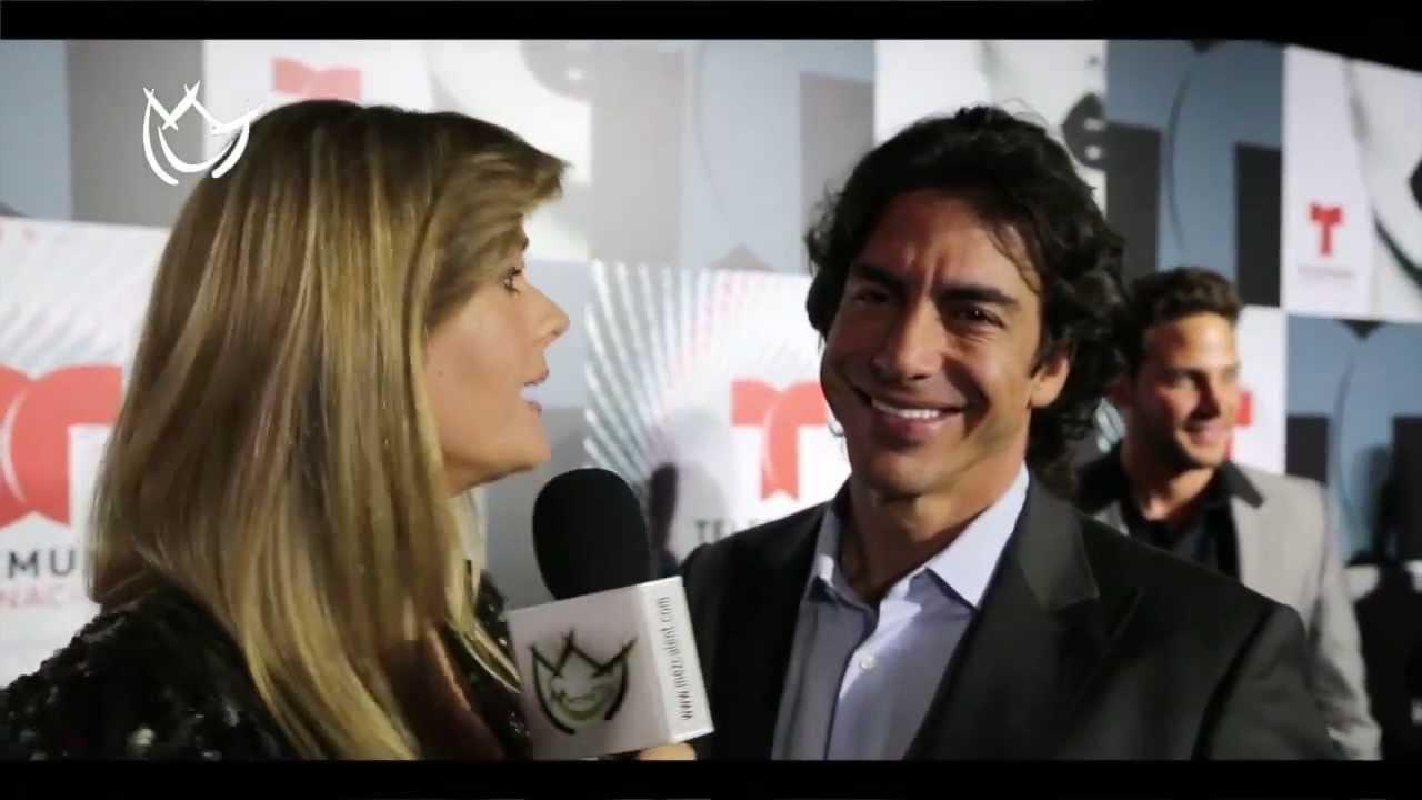 Sonya Smith y Ricardo Chávez ¡tortolitos! - YouTube