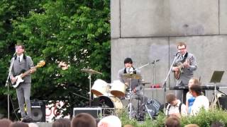 The Beatles-cover band Birds, Twist and shout....480.mp4