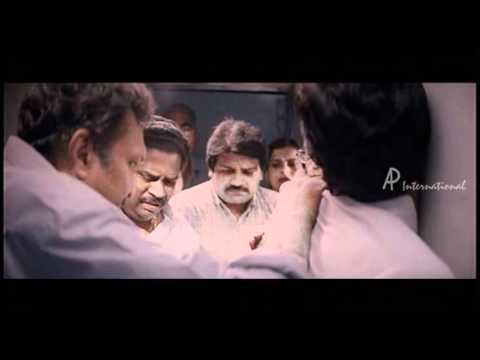 Saamurai - Vikram saves a passenger's life