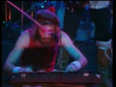 Jethro Tull Skating Away, Live 1977 - The Minstrel Looks Back 1969-1977 2-DVD