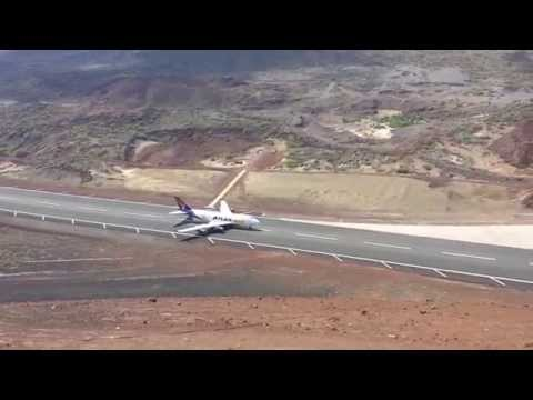 747 landing at Ascension