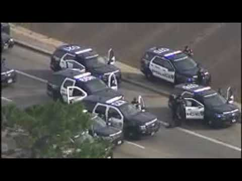 RAW VIDEO  Camaro vs Police Cars After Game Stop Robbery in Houston
