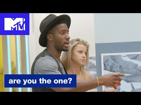 'Derrick's Strategy' Official Sneak Peek | Are You the One? (Season 5) | MTV