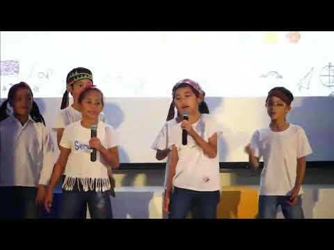 Pertunjukan di Smart School Online Kick Off, Mendengar Suara Anak