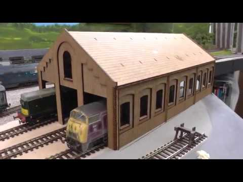 Scale Model Scenery 3 lane engine shed