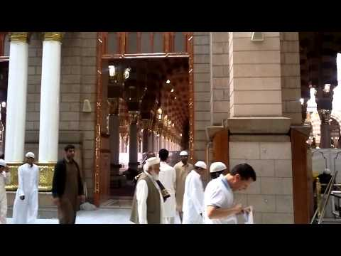 Brilliance in architecture. . . .MASJID AN NABAWI.