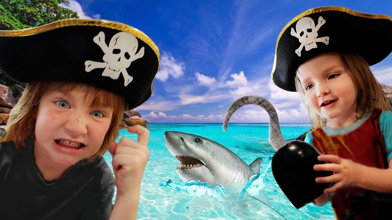 PiRATE FAMiLY  vs  SHARKS 🦈  Adley & Niko lost at sea! the floor is water! abandoned ship escape!